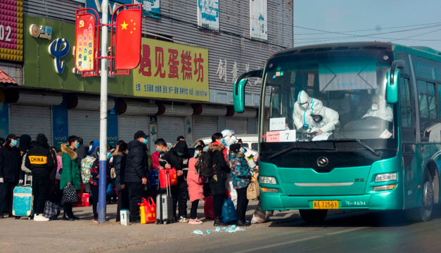 China anuncia primer muerto por covid-19 en ocho meses