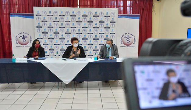 Guatemala tendría 11.9 millones de vacunas tras compra directa a farmacéuticas, según Salud