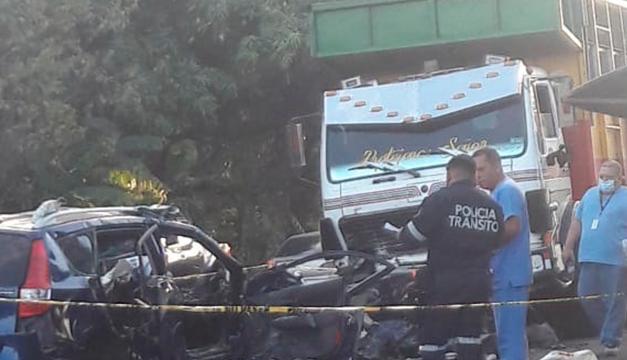Cuatro fallecidos deja accidente de tránsito en San Luis Talpa, La Paz