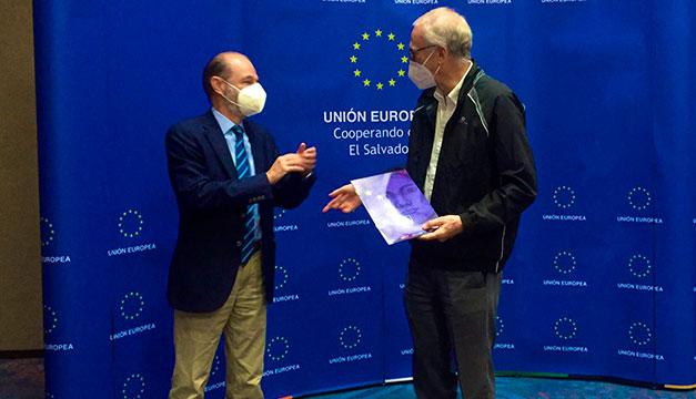 UE dona a organizaciones y busca prioridades con el Gobierno actual