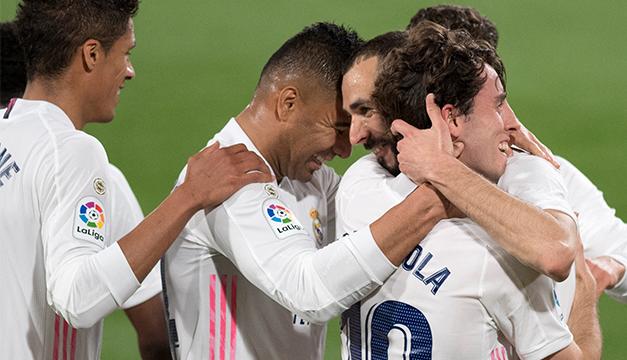 Benzema dirige una súper victoria