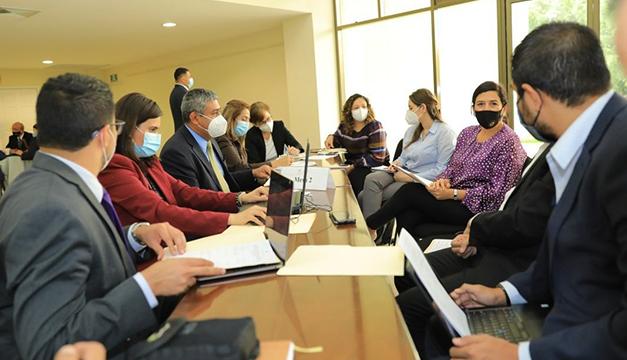 """EEUU dice cuenta con """"amplia cooperación"""" de El Salvador para trabajar en conjunto"""