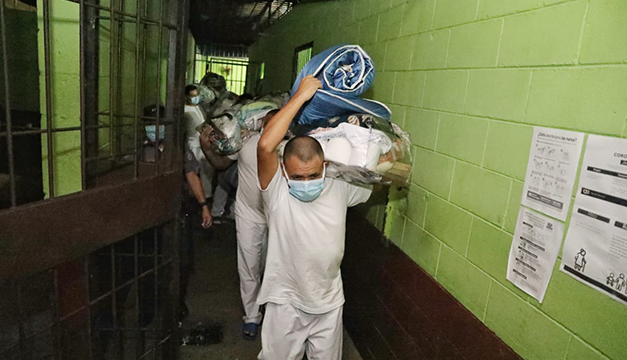 Gobierno de El Salvador cerrará hoy tres centros penitenciarios