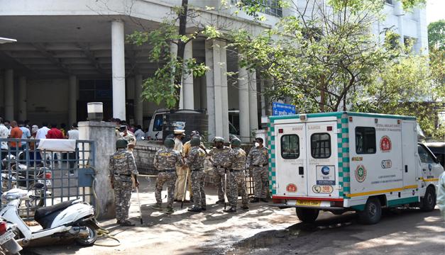 Al menos 24 pacientes con COVID-19 mueren por una fuga de oxígeno en un hospital de la India