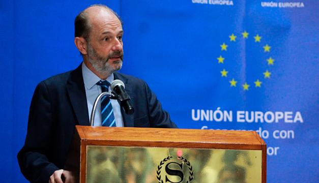 UE dona 3.8 millones de euros a organizaciones para libertad de expresión y seguridad alimentaria