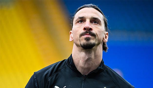 Zlatan Ibrahimovic renueva con el AC Milan hasta 2022