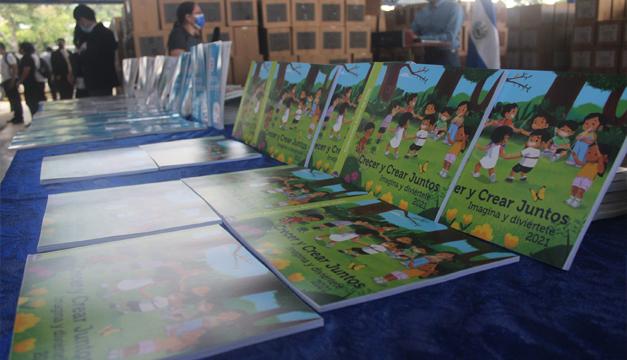 Educación inicia distribución de tres millones de libros de texto a nivel nacional