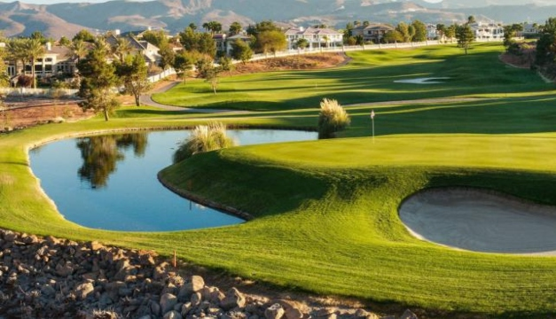 Discusión acalorada entre golfistas termina en suicidio en Estados Unidos