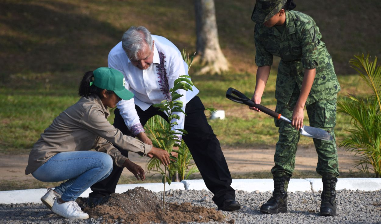 EEUU descarta propuesta de México de regularizar migrantes a cambio de siembra de árboles en Centroamérica