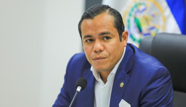 Zelaya dice que él no se ha reunido con China para obtener financiamiento