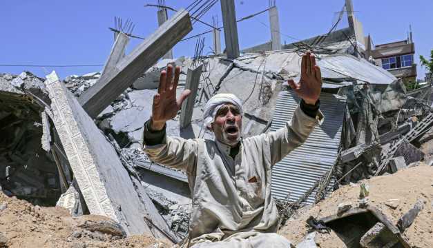Bombardeos israelíes matan a 40 palestinos durante el día más violento de la escalada militar
