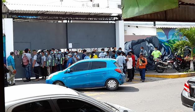 Denuncian 100 despidos verbales en la alcaldía de Soyapango