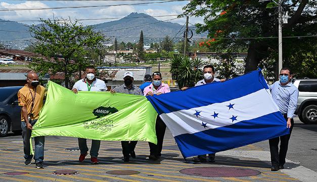 Asociación de Municipios de Honduras se suma a petición de ayuda a El Salvador para conseguir vacunas anticovid