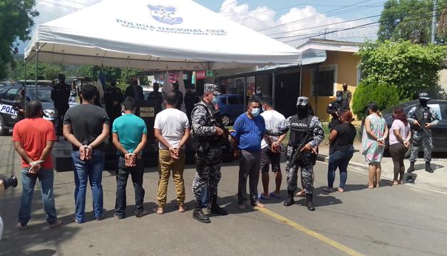 Once personas detenidas en Chalchuapa por presunta participación asesinatos y entierros clandestinos