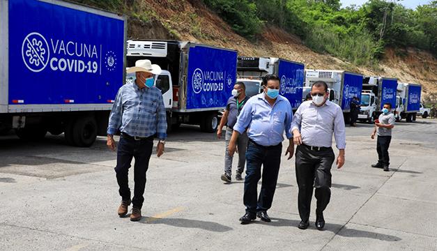 Gobierno salvadoreño envía 34 mil vacunas de AstraZeneca a Honduras