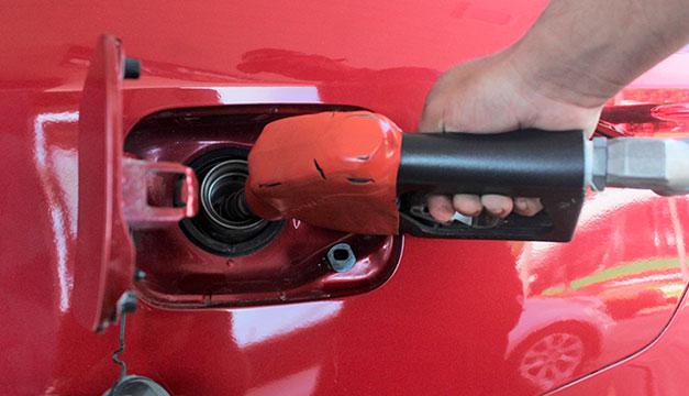 Gasolinas subieron más de $1 desde enero y llegan a precios no vistos desde 2014