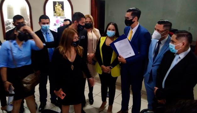 ¿Para qué presentó el CNR una ley de derechos proindivisos sobre inmuebles?