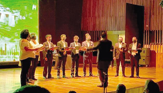 Salvadoreños en Argentina honraron el bicentenario de la independencia con un concierto
