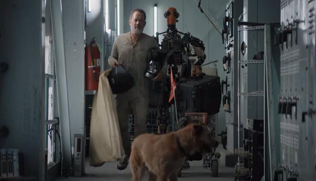 """Tom Hanks sobrevive al Apocalipsis con un perro y un robot en """"Finch"""""""