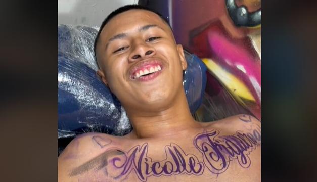 Joven se tatúa el nombre de Nicolle Figueroa y luego se disculpa