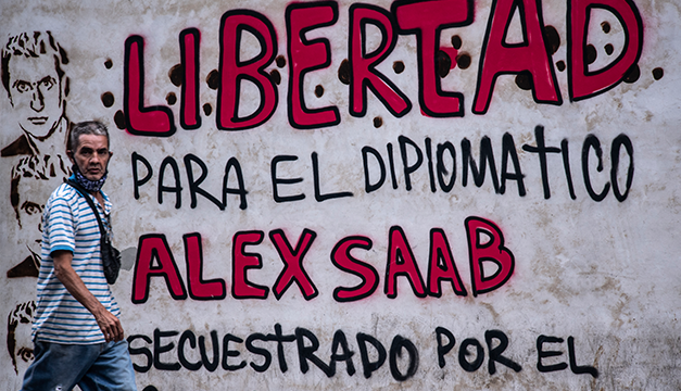 """FMLN acusa a EEUU de """"secuestro"""" del empresario Alex Saab cercano a Nicolás Maduro"""