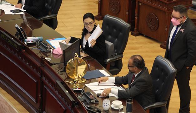 Aprueban $2 millones para Asamblea Legislativa de excedentes tributarios